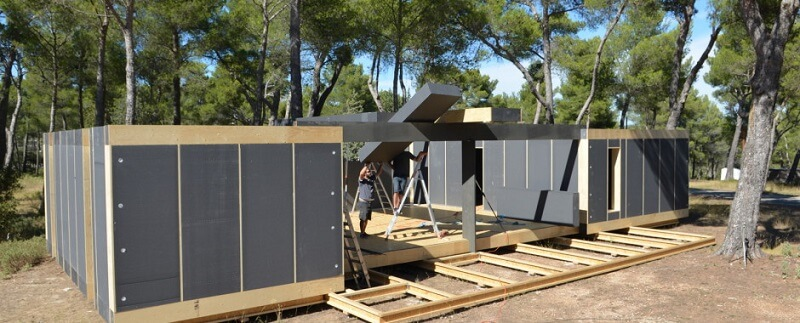 popup house une maison passive et 100 recyclable mont e en 4 jours. Black Bedroom Furniture Sets. Home Design Ideas