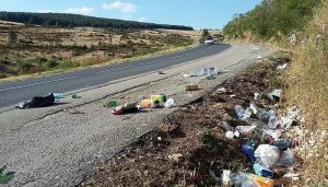 pollution, bord des routes du tour de france, déchets