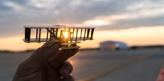 Solar Impulse 2 miniature